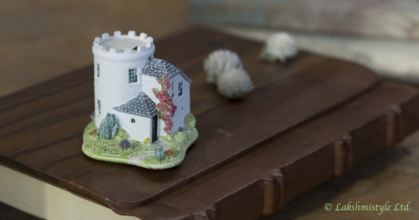 Kookan Healing design and coordination/Lilliput Lane